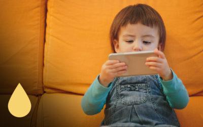 How Do Smartphones Affect Childhood Psychology?